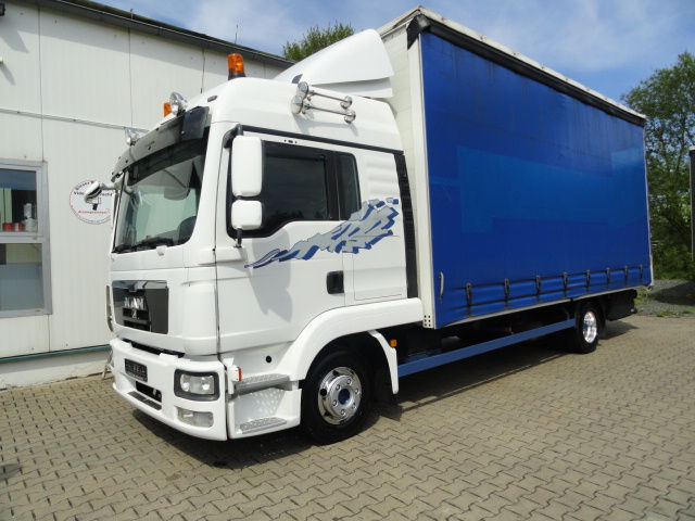 Buy a truck up to 7.5 tonnes from Germany