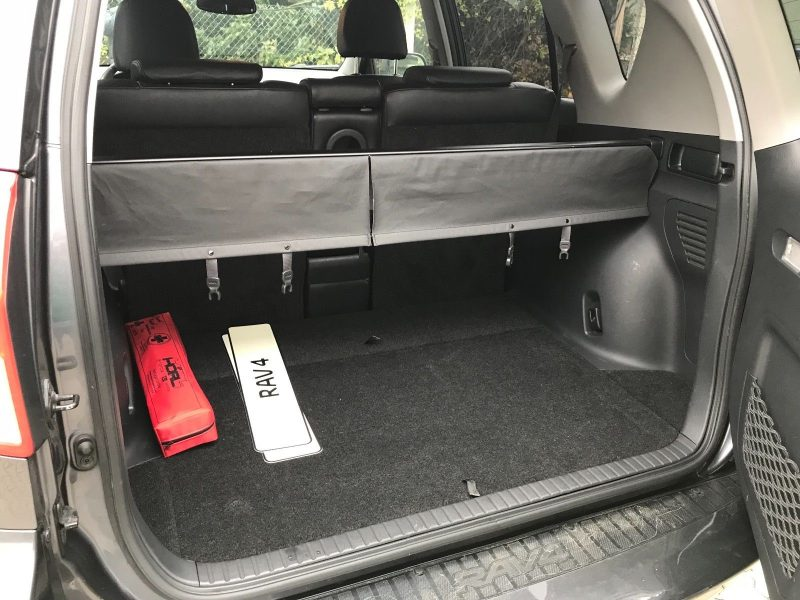 Покупка (внос) на кола от Германия - Toyota Rav 4 - Пълно Оборудване - 2010 - 2.2 D4D - 150 к.с. - 11600 Еuro (4)