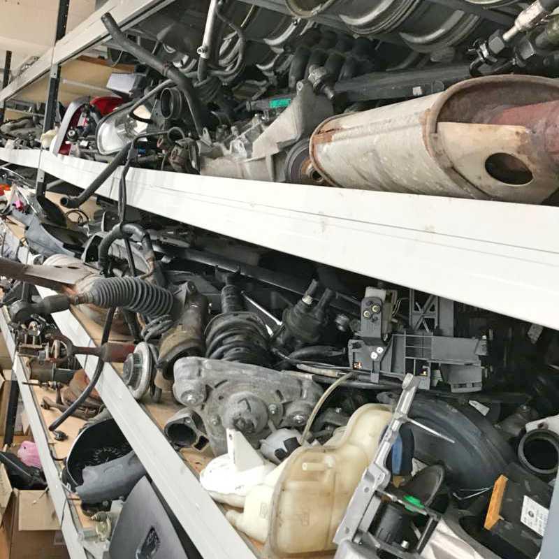 Внос резервни части за автомобили от Германи - окачване, ходова част, носещи части, носачи, гърнета, изпускателна уредба, маншони, дискове