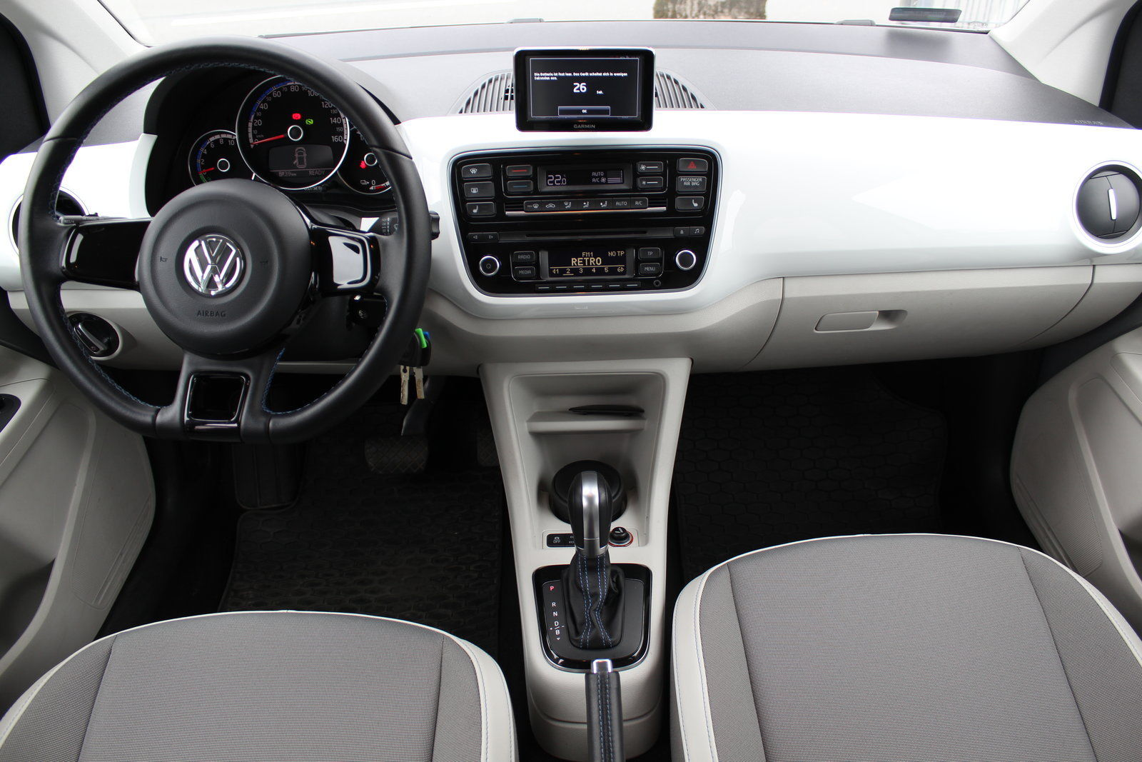 Покупка, внос на кола от Германия - VW e-up! 60kW Elektro (16)