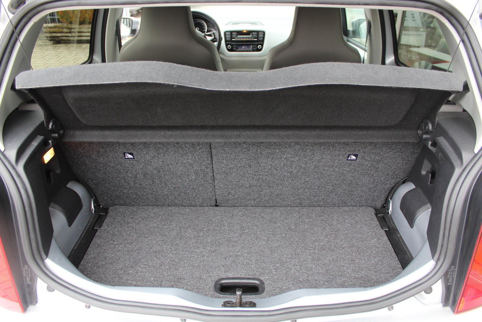 Покупка, внос на кола от Германия - VW e-up! 60kW Elektro (4)