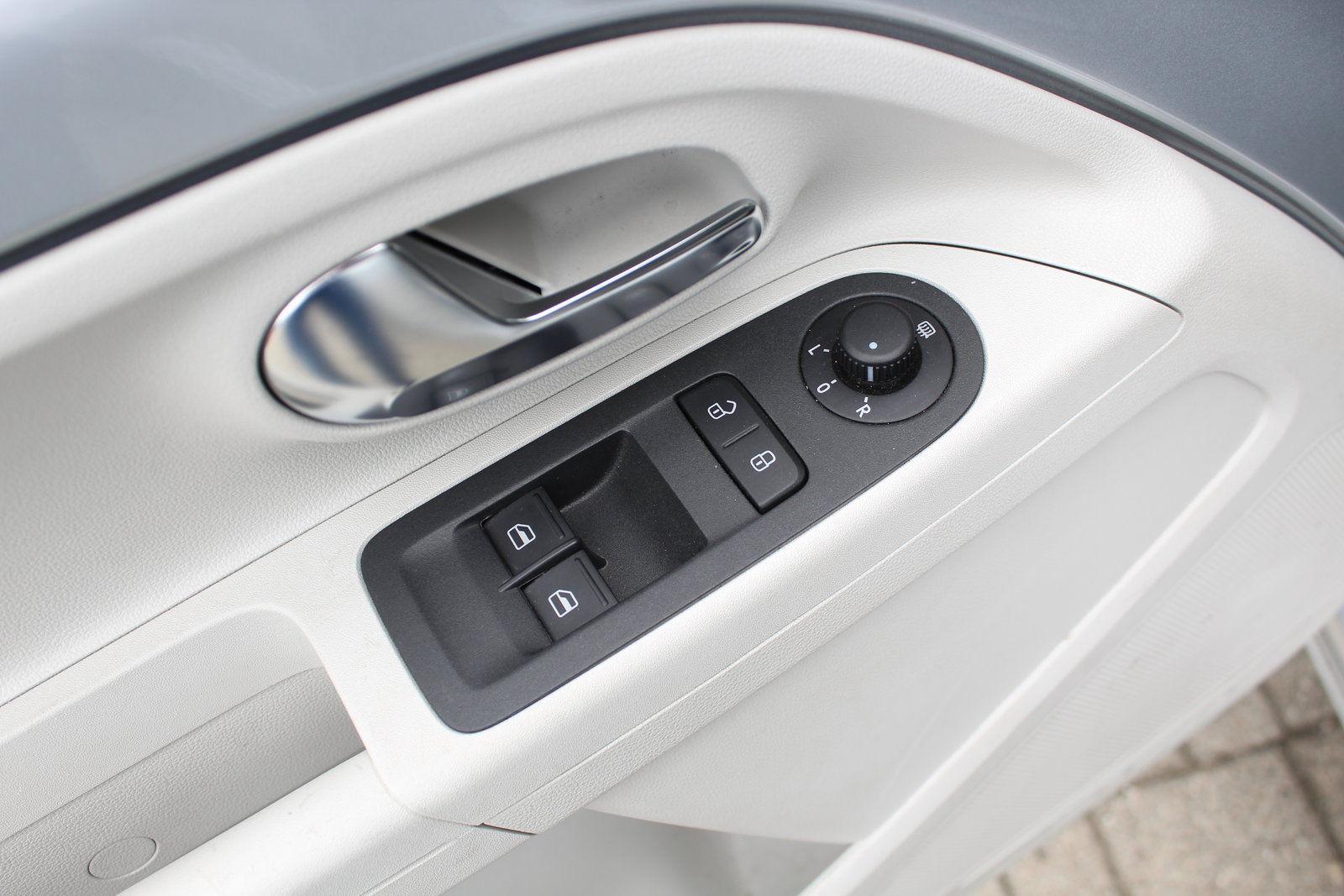 Покупка, внос на кола от Германия - VW e-up! 60kW Elektro (8)