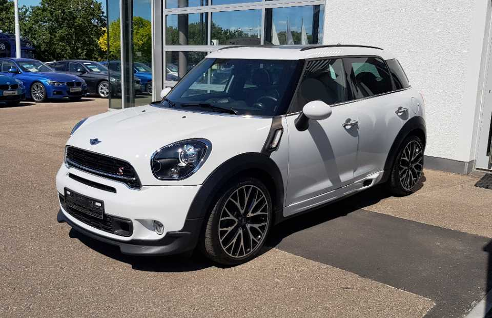 MINI Cooper SD ALL4 Countryman Sportpaket 143hp