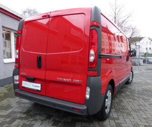 Покупка, внос на бус от Германия - Opel Vivaro 2012 2.0 CDTI L2H1, Klima, Navi (4)