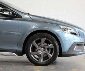 Покупка, внос на кола от Германия - Volvo V40 Cross Country D2 Summum, 2013, 115hp 3